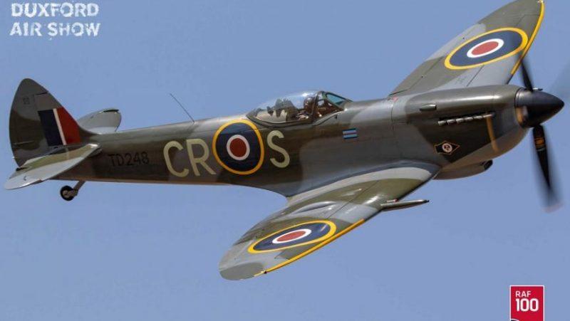 spitfire battle of Britain airshow duxford